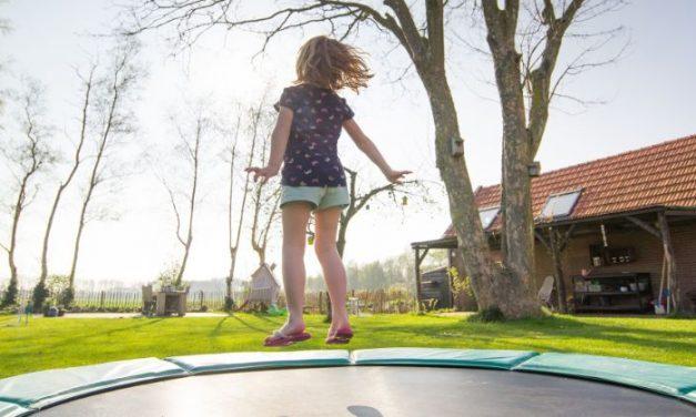 Alles wat je moet weten over een trampoline in je tuin